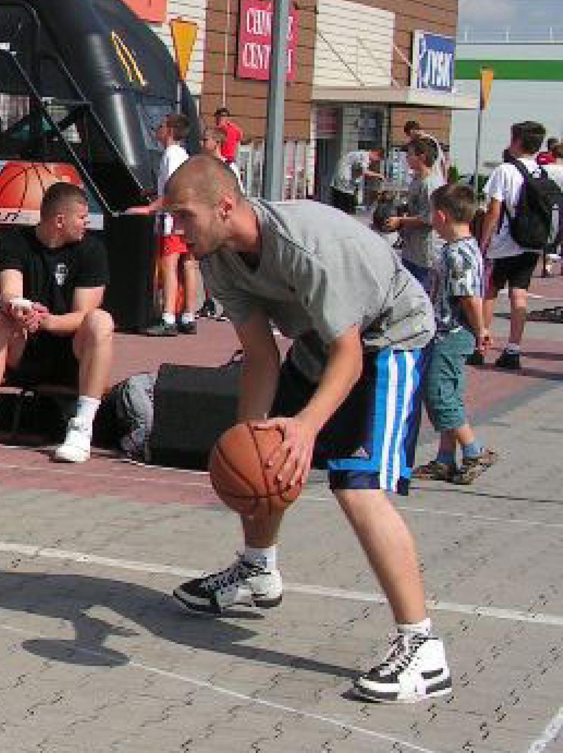 Piotr szuka drużyny!